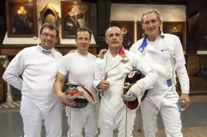De winnaars op degen: Stefan Meersseman, Christophe Roose, Nico Defer en Steven Cazaerck. Foto: Luc Gevaert.