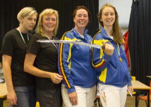Vlnr: Brons voor Mirella De Rechter en Ria Hofkens, zilver voor Kathleen Kets en goud voor Alexandra Gevaert! Foto: LUc Gevaert.